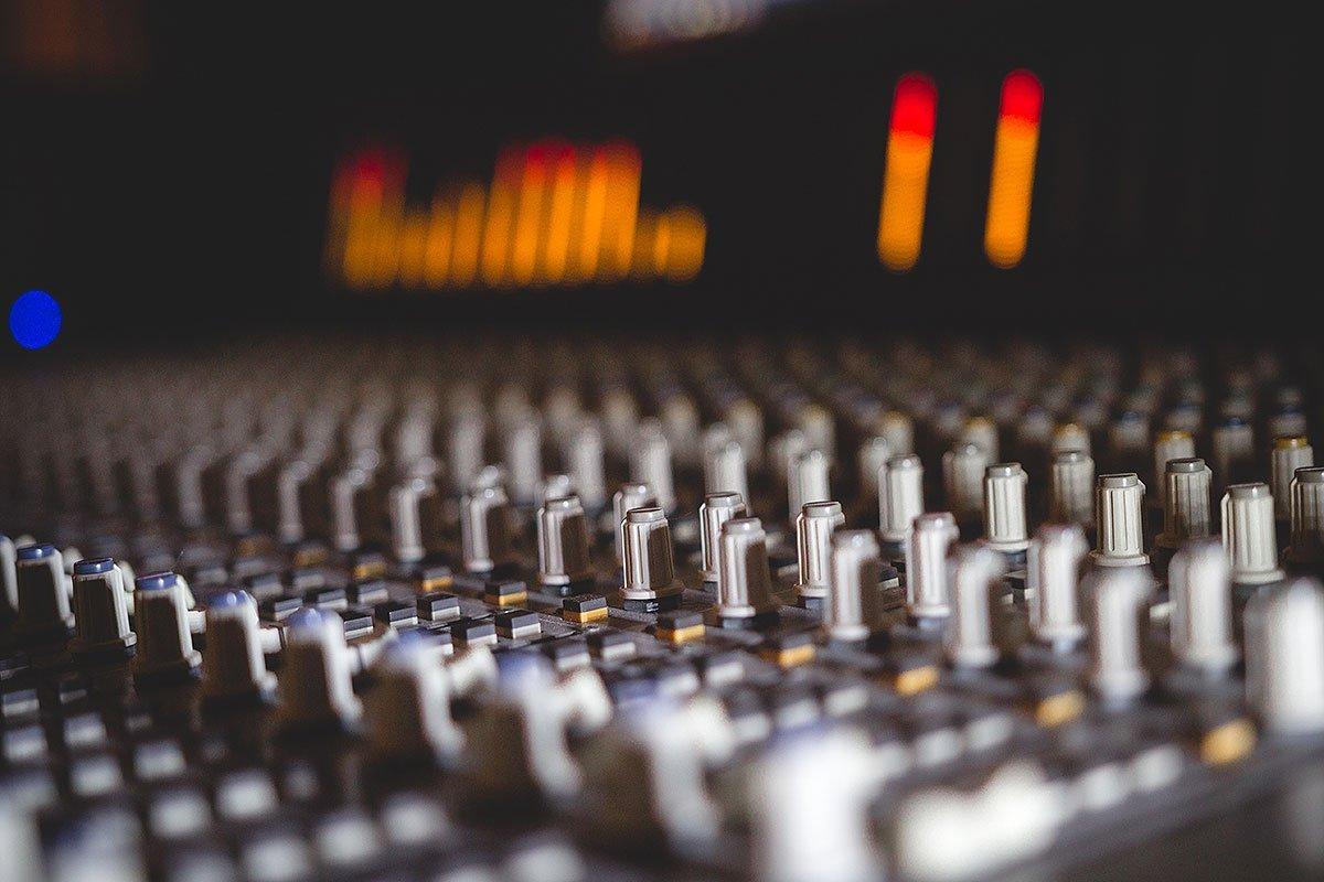 מיקסר : אולפן הקלטות : אולפני הקלטות - אולפני סטורם