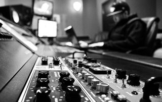 סאונד מקצועי : אולפן הקלטות : אולפני הקלטות - אולפני סטורם