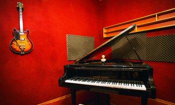 סטודיו B2 - אולפן הקלטות : אולפני הקלטות - אולפני סטורם