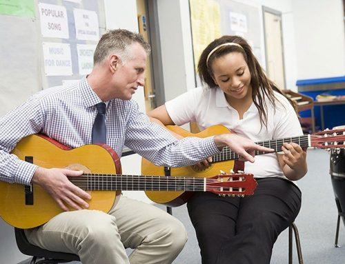 לימוד נגינה בגיטרה, ידע, יצירתיות ומה שביניהם